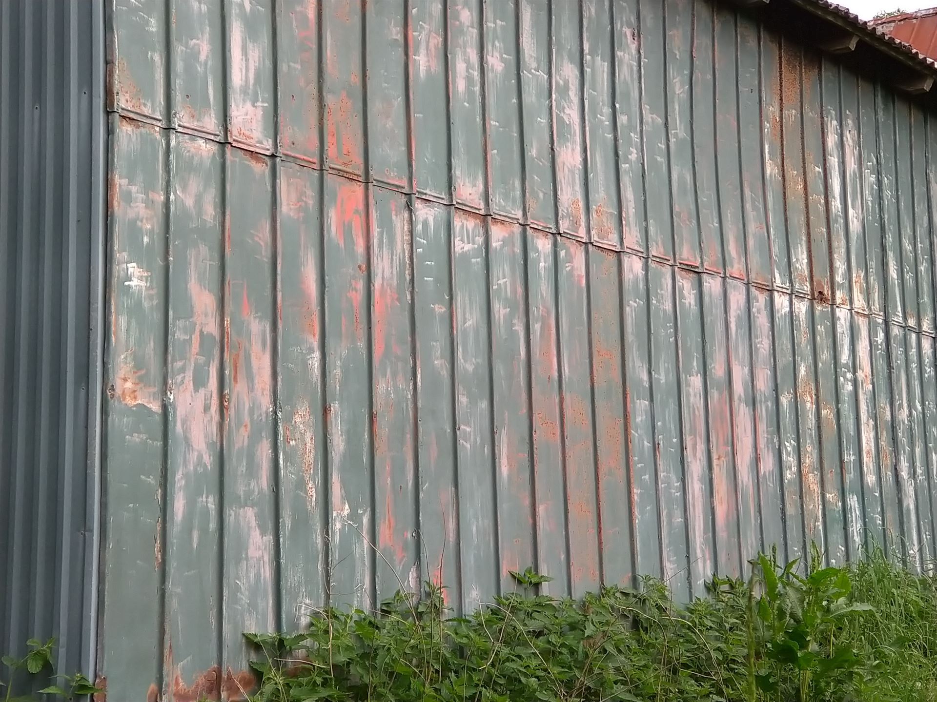 Mal pandeplader, både på taget og facaden - læs hvordan her